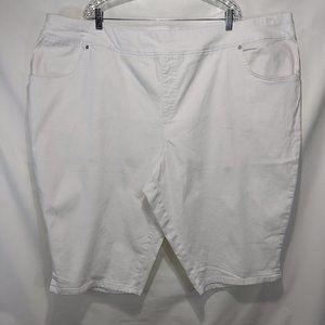 NWOT Terra & Sky Pull-On Denim Shorts 5X White